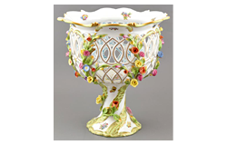 390. Closed Online auction - Porcelain, ceramics, glassware