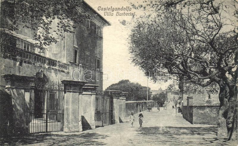 Castel Gandolfo, Villa Barberini