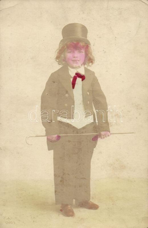 Child with cigarette, Fiú cigarettával