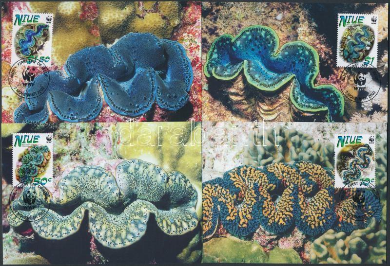 WWF giant clams set on 4 CM, WWF óriáskagylók sor 4 CM