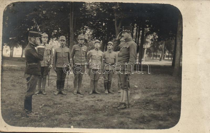 Hungarian soldiers and officers, group photo, Magyar katonák és tisztek, sorakozó