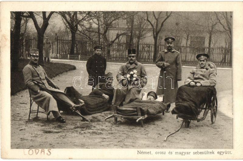 WWI military, German, Russian and Hungarian injured soldiers, Német, orosz és magyar sebesültek együtt; Érdekes Újság