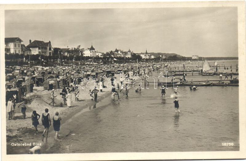 Binz, Ostseebad / beach, bathing people
