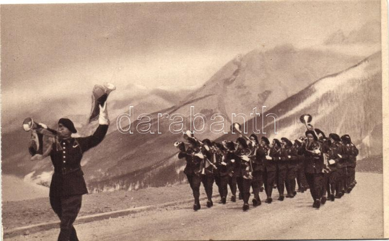 'Fanfare de Chasseurs Alpins' / marching band of the Alpine Hunters, French military, Francia alpesi vadászezred felvonulása