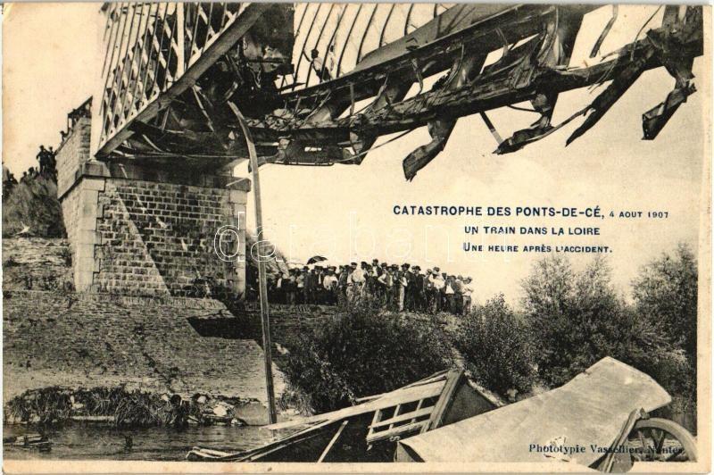 1907 les ponts de c catastrophe un train dans la loire railway darabanth auctions co ltd. Black Bedroom Furniture Sets. Home Design Ideas