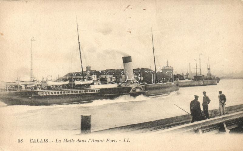 Calais, La Malle dans l'Avant-Port / French steamer 'La Malle' at the port, Francia 'La Malle' gőzös a kikötőben