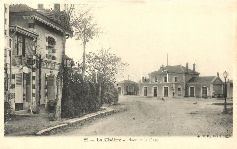 La Chatre; Place de la Gare / square of the railway station, restaurant