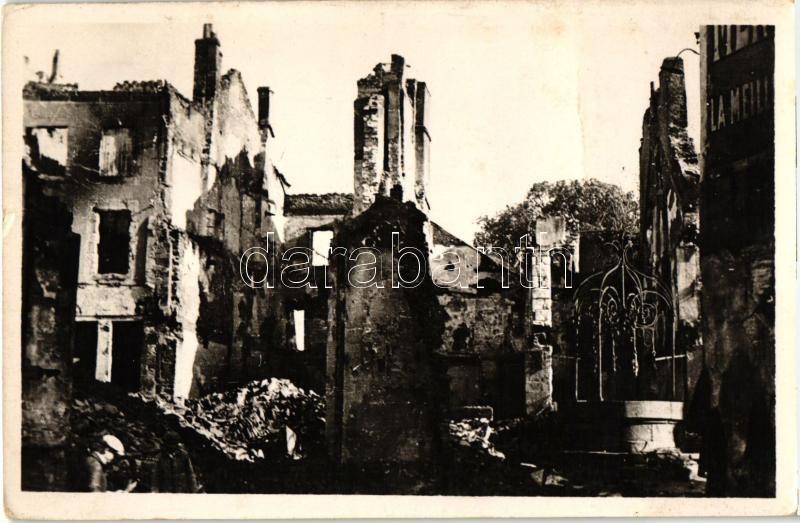 Hennebont, Sinistré, Puits Ferré / disaster, damaged buildings