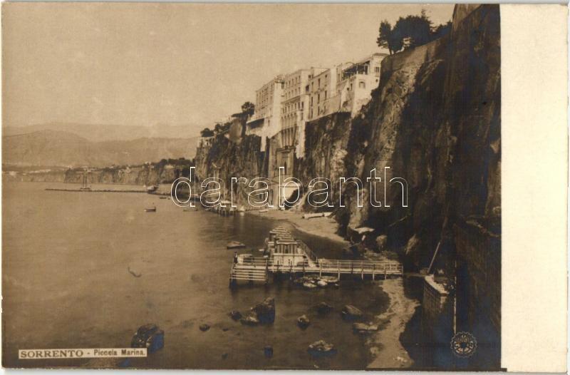 Sorrento, Piccola Marina / small port