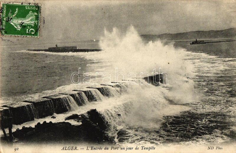Algiers, Alger; L'Entrée du Port un jour de Tempete / entrance of the harbor during a day of storm, TCV card