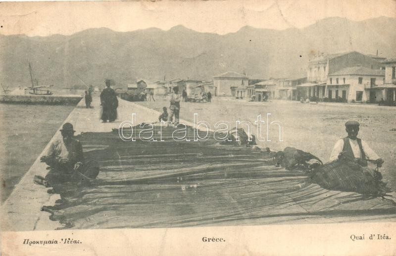 Itea, quay, fishermen