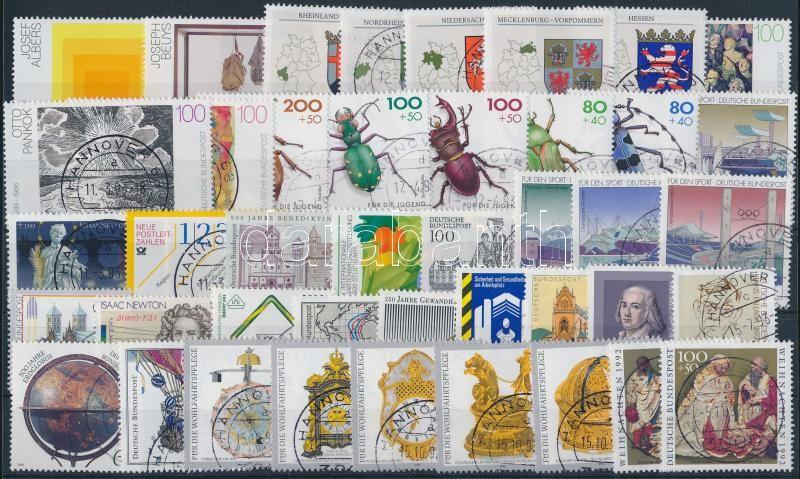 1992-1993  61 stamps, 1992-1993 61 klf bélyeg (1993 csaknem a teljes évfolyam kiadásai)