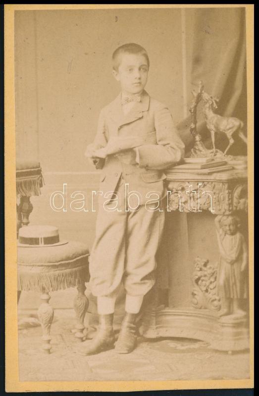 1876 Borsos és Varságh pesti műtermében készült, vizitkártya méretű fénykép, 10x6,3 cm