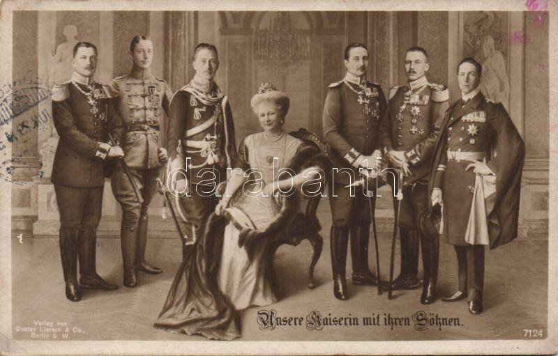 Augusta Victoria of Schleswig-Holstein and her sons, Auguszta Viktória német császárné és fiai