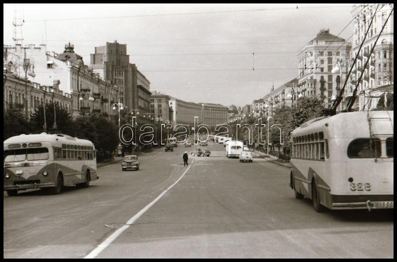 Trolibuszok, vintage negatív, 24x36 mm