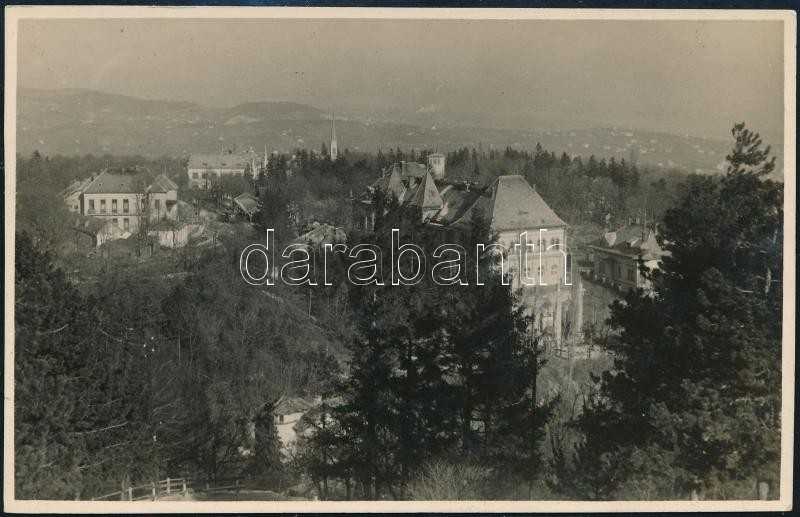 cca 1934 Budai látkép, Kinszki Imre (1901-1945) budapesti fotóművész hagyatékából, jelzés nélküli vintage fotó, 8,7x13,6 cm