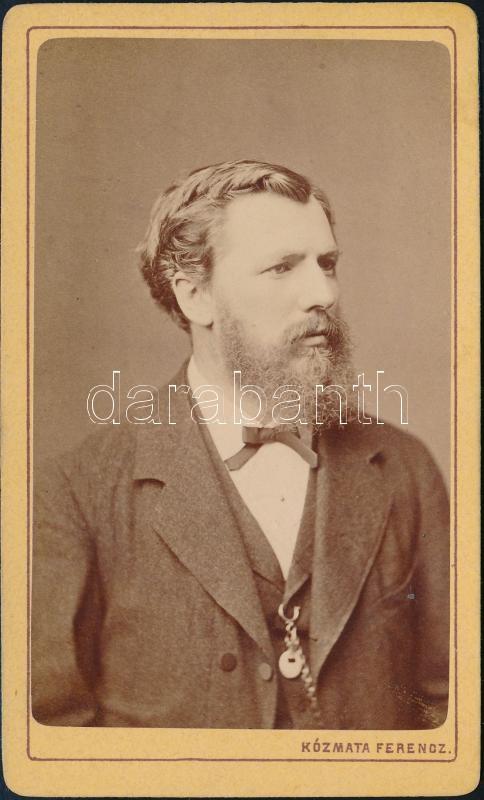 cca 1870 Pest, Kozmata Ferencz (1864-1902) fényképész műtermében készült, vizitkártya méretű vintage fotó, 10,5x6,2 cm