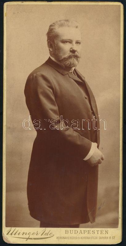 cca 1890 Budapest, Ellinger Ede (?-?) budapesti fényképész műtermében készült vintage fotó, sarka kopott, 20,4x10,3 cm