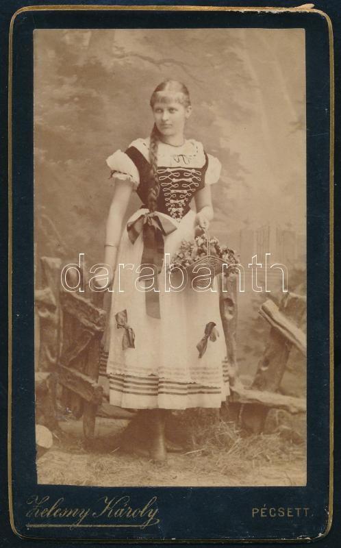 cca 1890 Pécs, Zelesny Károly (1848-1913) fényképészeti műtermében készült vintage fotó, vizitkártya méretben, 10,3x6,4 cm