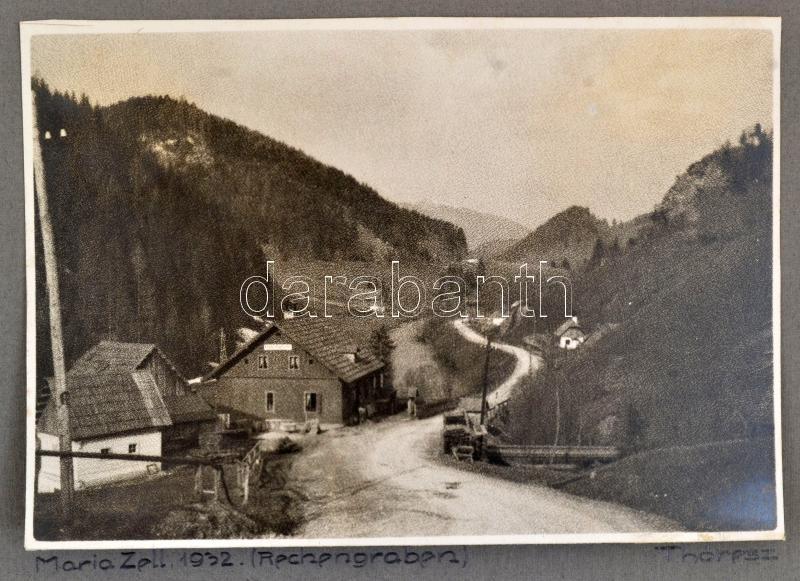 1932 Mariazell, feliratozott, vintage fotóművészeti alkotás Thöresz Dezső (1902-1963) békéscsabai gyógyszerész és fotóművész hagyatékából, 13x18,5 cm, karton 24,5x32 cm
