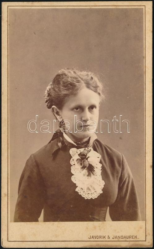 cca 1880 Ungvár, Javorik & Jandaurek fényképészek műtermében készült, vizitkártya méretű vintage fotó, 10,5x6,5 cm