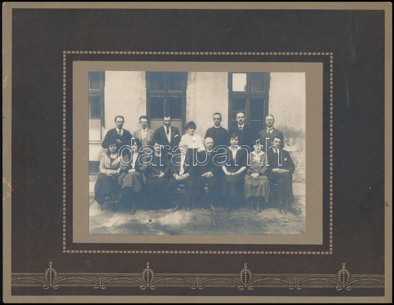 cca 1910 Pobuda Alfréd(1876 - 1942) budapesti fotóriporter hagyatékából pecséttel jelzett vintage fotó, 11,5x15,5 cm, karton 22x28 cm