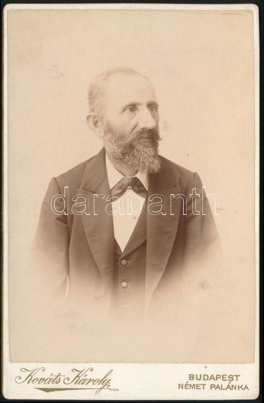 cca 1897 Budapest, Kováts Károly fényképész műtermében készült, keményhátú vintage fotó, kabinetfotó méretben, 16x10,2 cm