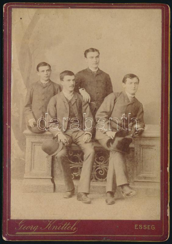 cca 1880 Eszék, Knittel György fényképész műtermében készült, keményhátú vintage fotó, 16,2x11,3 cm