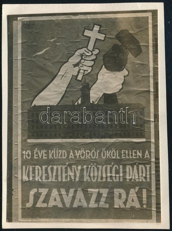 cca 1937 Kinszki Imre (1901-1945) budapesti fotóművész hagyatékából, jelzés nélküli, vintage fotó (Plakát), 7x4,8 cm