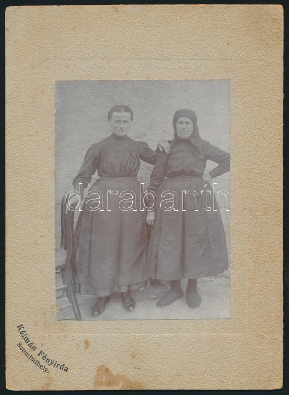 cca 1910 Szombathely, Kálmán Fényirda feliratú vintage fotó, kasírozva, 11x8 cm, karton 18x13 cm