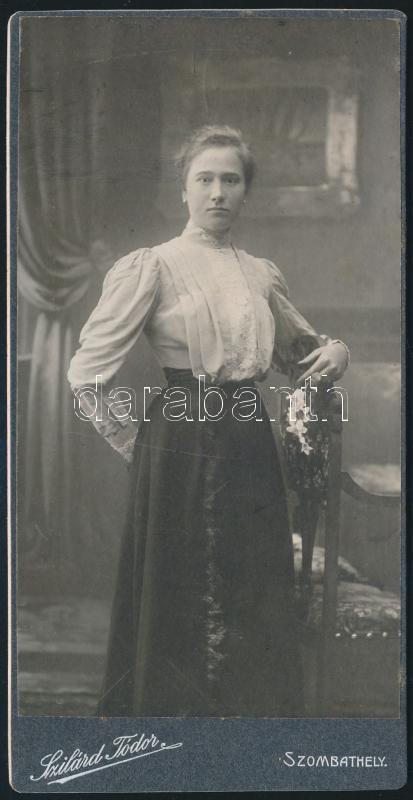 cca 1905 Szombathely, Szilárd Tódor fényképész műtermében készült keményhátú vintage fotó, 16,3x8,2 cm