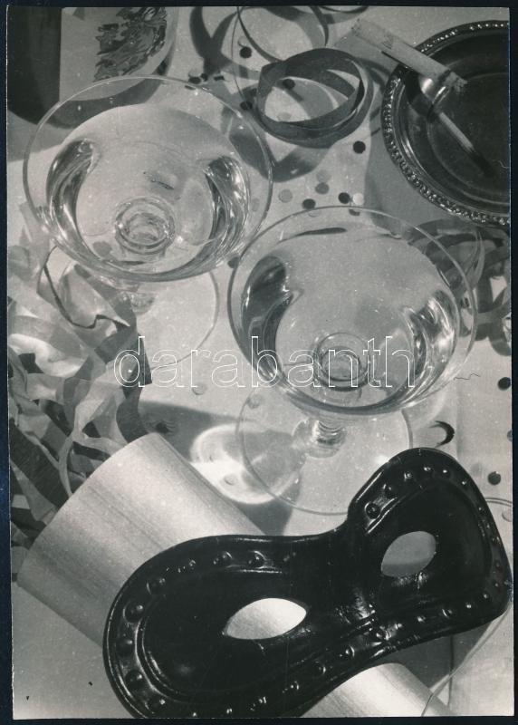1964 Dr. Csörgeő Tibor (1896-1968) budapesti fotóművész hagyatékából, jelzés nélküli vintage fotó (Tél), képeslapterv, 14,8x10,5 cm