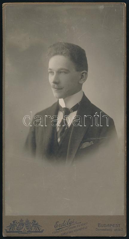 cca 1905 Erdélyi Mór (1866-1934) császári és királyi udvari fényképész műtermében készült, keményhátú vintage fotó, 20,4x10,6 cm