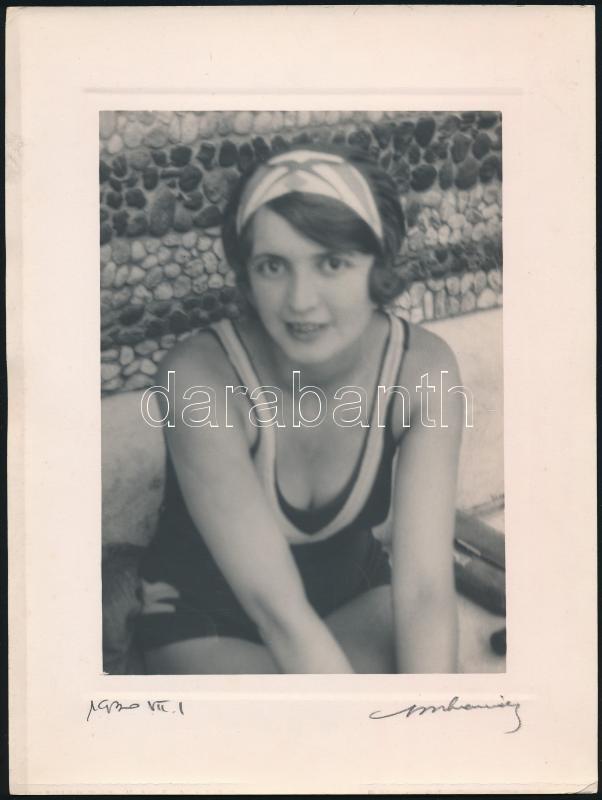 1930 Orphanidesz János (1876-1939) hagyatékából, az aláírásával jelzett vintage fotó, hátoldalán ,,Hullámtyúk