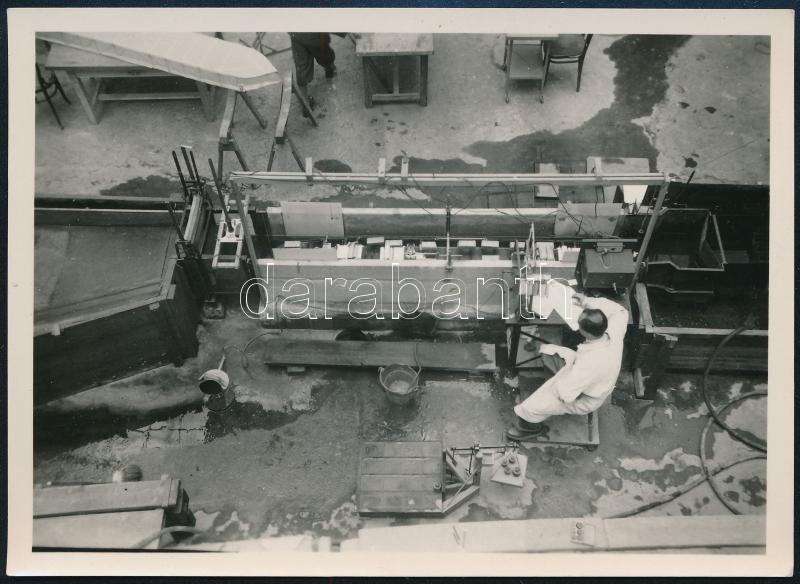 cca 1950 Kísérleti mérések, vintage fotó, 8,5x11,5 cm