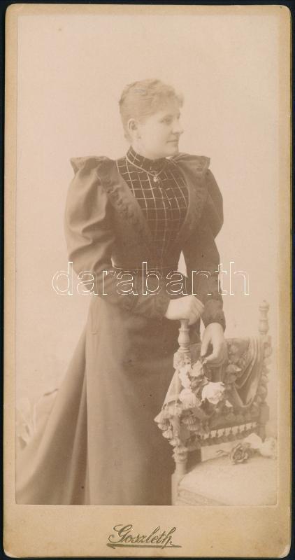 cca 1880 Budapest, Goszleth István fényképész műtermében készült keményhátú vintage fotó, 14,8x7,6 cm