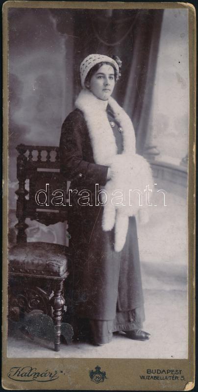 cca 1907 Budapest, Kalmár fényképészeti, festészeti és fényképnagyító műtermében készült, keményhátú, vintage fotó, 16,3x8 cm