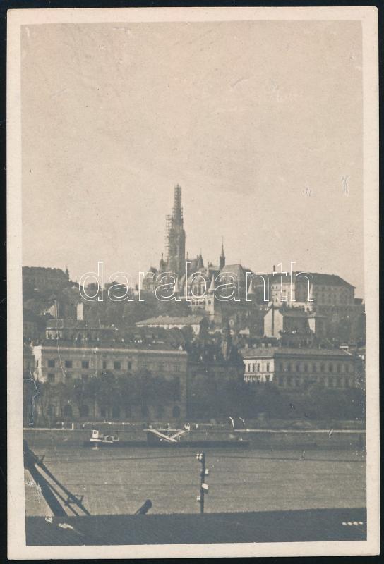 1930 Kinszki Imre (1901-1945) budapesti fotóművész hagyatékából, jelzés nélküli vintage fotó (Mátyás templom), 8,8x6 cm