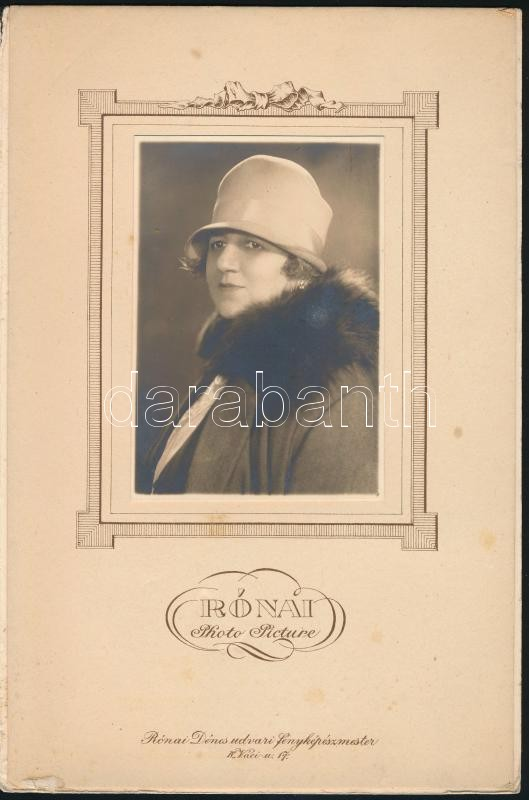 1928 Budapest, Rónai Dénes (1875-1964) fényképész budapesti műtermében készült vintage fotó, átadó mappában, 12x8 cm, 25x16,5 cm