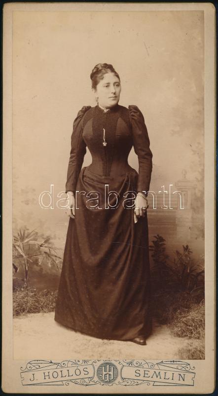 cca 1890 Semlin, Hollós J. fényképész műtermében készült, keményhátú vintage fotó, 20,5x11,2 cm