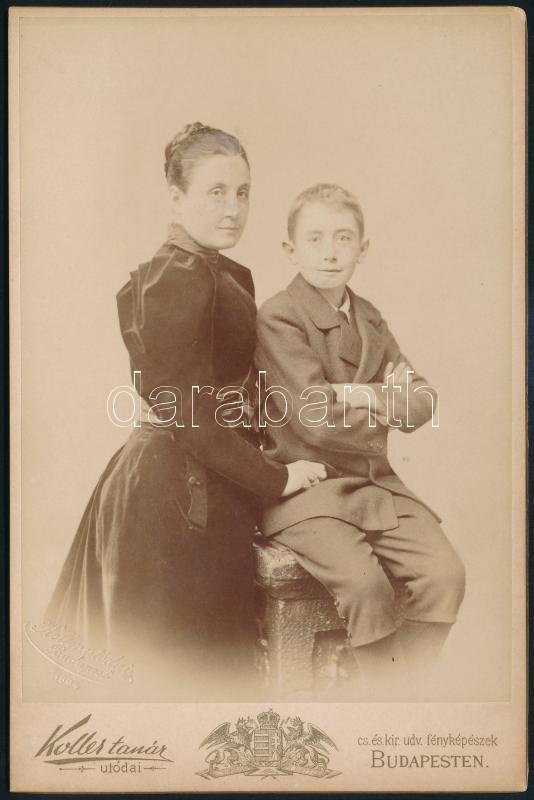 cca 1897 Budapest, Koller Károly utódai fényképészeti műtermében készült, keményhátú vintage fotó, 17x11,2 cm