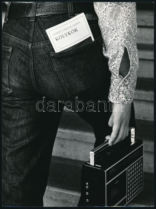cca 1976 Magyar Alfréd budapesti fotóművész jelzés nélküli vintage fotóművészeti alkotása (Tinédzser), 24x18 cm