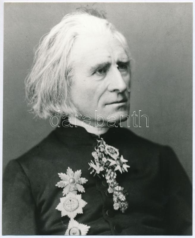 Liszt Ferenc zeneszerzőről készült felvételek, 2 db modern előhívás, 21,6x15,8 cm és19,5x15,8 cm