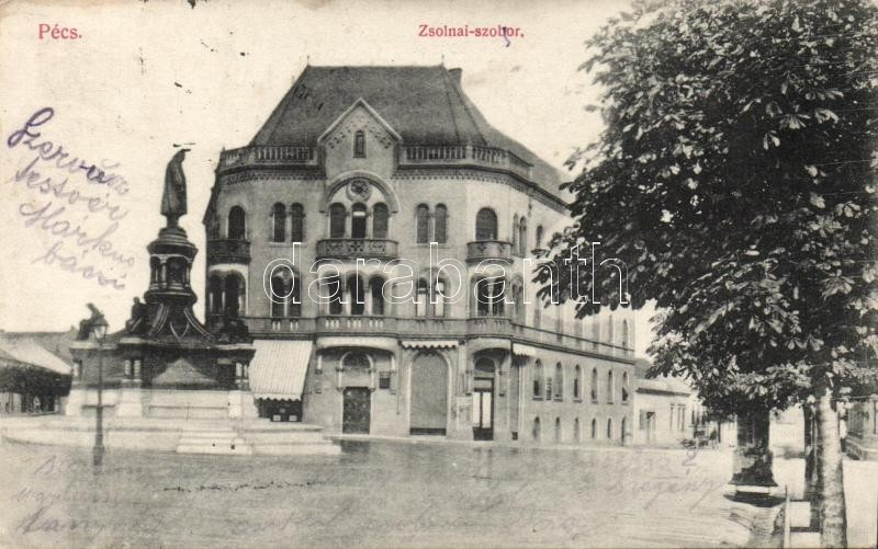 Pécs Zsolnai-szobor