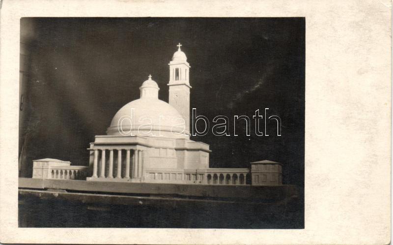 Székesfehévár, Prohászka Ottokár Templom photo