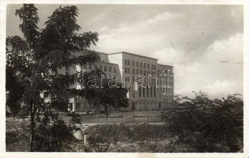 Uzhhorod, Zemsky úrad / county hall, Ungvár, Megyeház