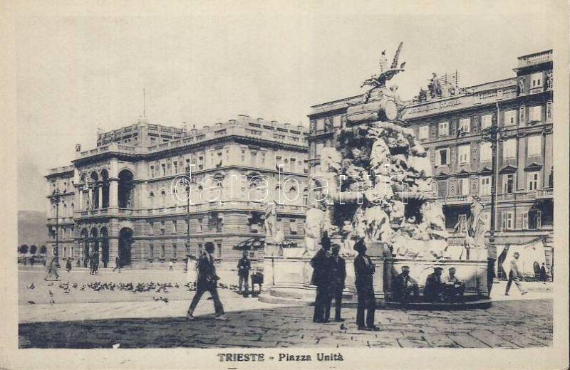 Trieste, Piazza Unita / square
