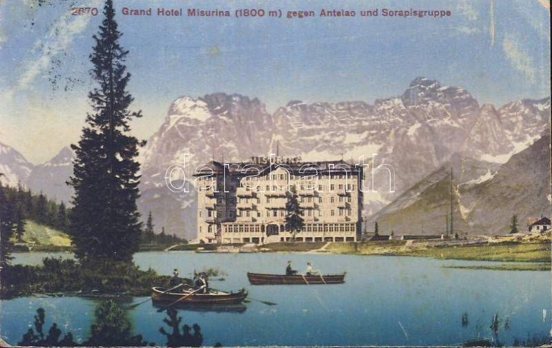 Lake Misurina, Grand Hotel, Antelao, Sorapisgruppe, boats