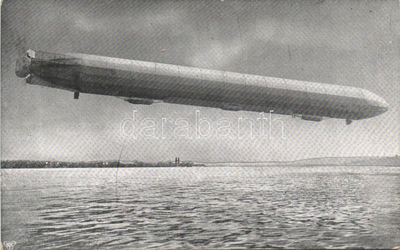 Zeppelin Luftschiff im Fluge, Zeppelin léghajó repülés közben