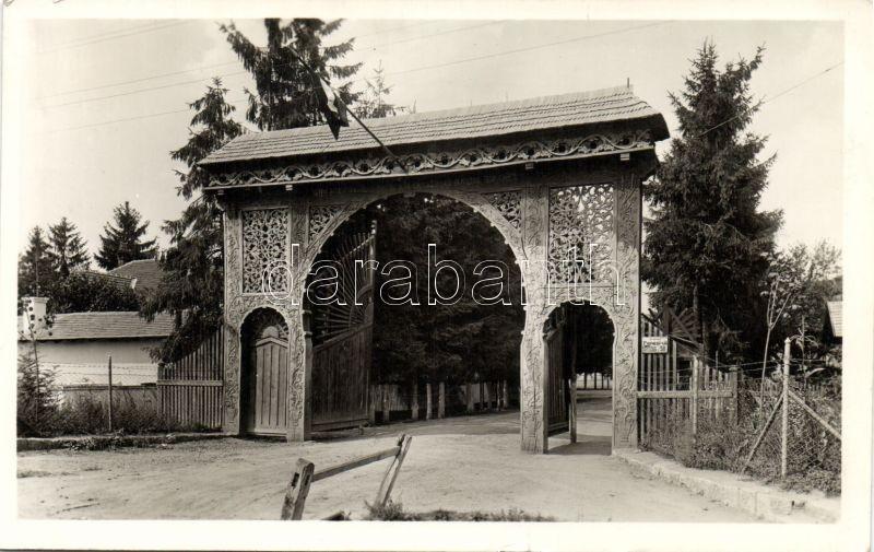 Cluj-Napoca, gate, Economic College, Kolozsvár, Székely kapu, Gazdasági Akadémia udvara